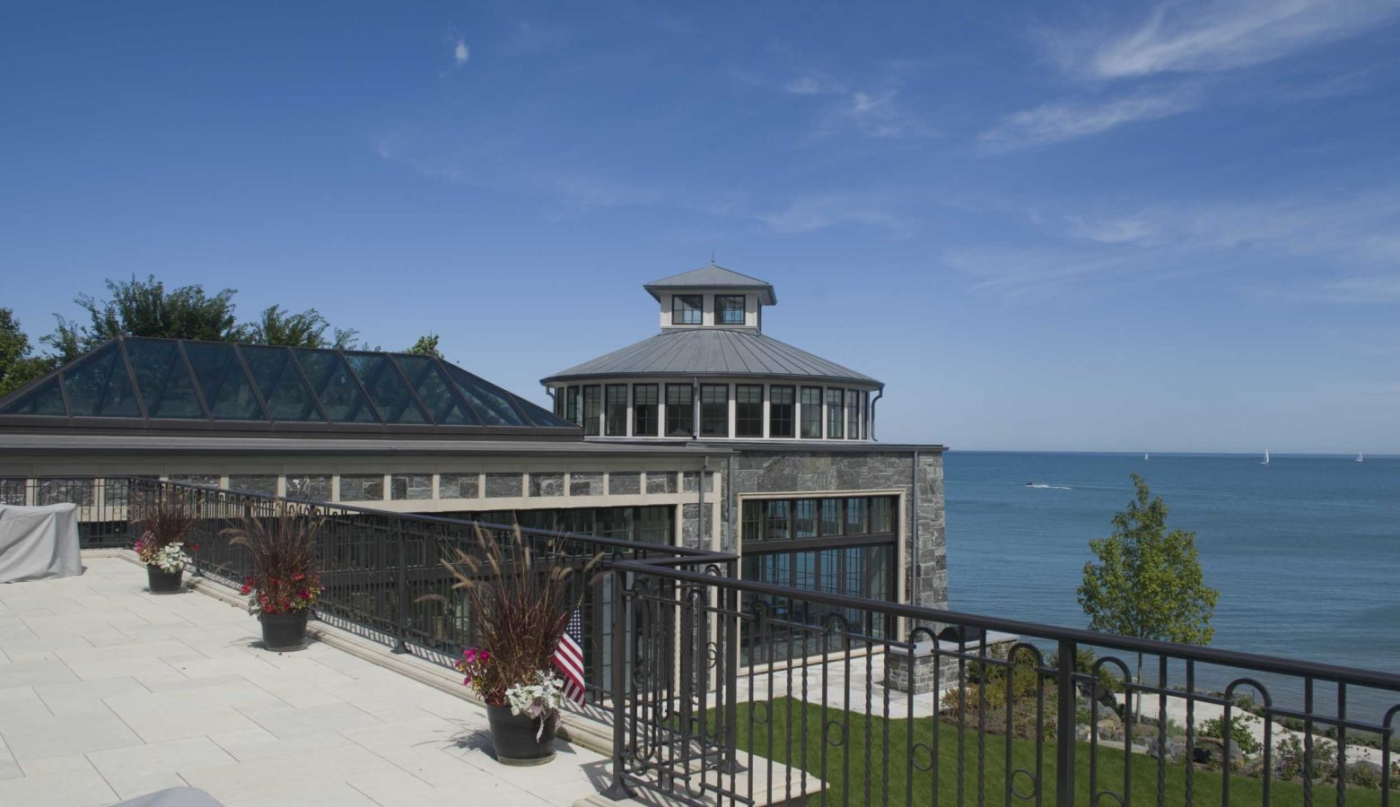 Chicago's North Shore and Lake Michigan: Waterfront Residential Architecture and Interior Design Inspiration